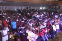 Crowd at Zieti Concert